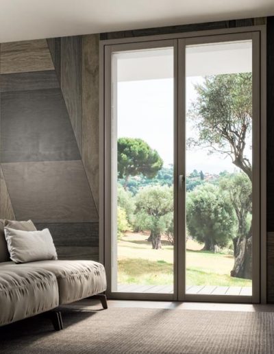 <strong>INVISIBLE</strong> | Double Leaves French Door with Concealed Hinges | Interior: Light Grey Lamellar Fir | Exterior: Silver Aluminium