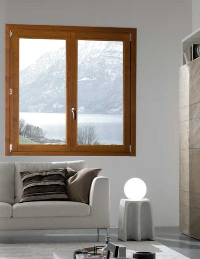 <strong>KLIMA+ LEGNO</strong> | 2 Leaves Window | Honey Dyed Pine