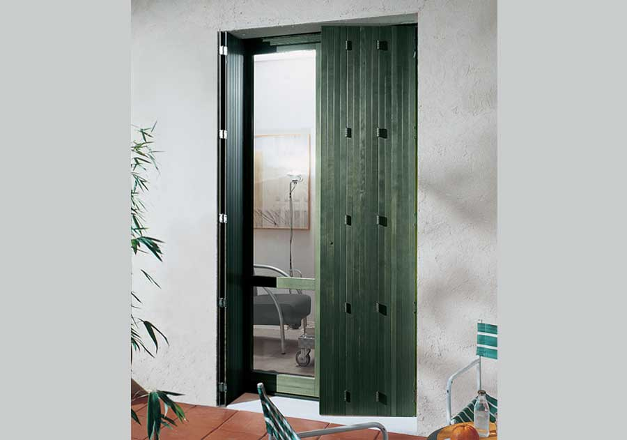 <strong>FOLDING SHUTTERS</strong> | Green Dyed Pine